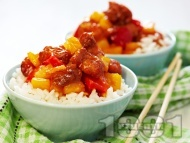 Бял ориз с хапки от пилешко месо, ананас и червени камби по китайски (азиатски)